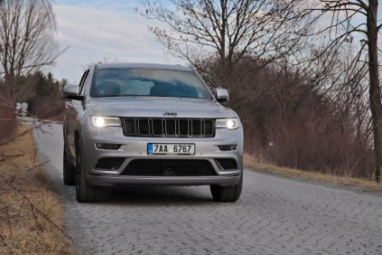 test-2019-jeep-grand-cherokee-30-crd-8at-4x4- (12)