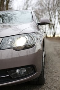 test-ojetiny-2014-skoda-superb-combi-20-tdi-103-kw-4x4-6MT- (6)