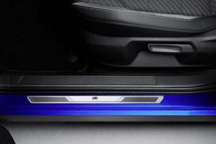 zeneva-2019-Volkswagen-T-Roc-R- (19)