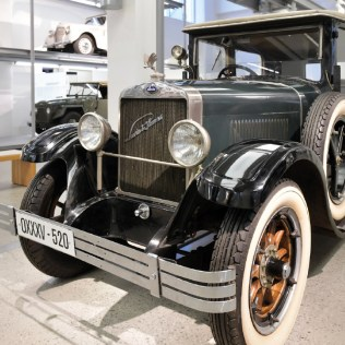 1929-laurin-a-klement-110-01
