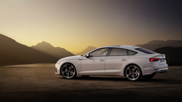 2019-Audi-S5-TDI-Sportback- (8)