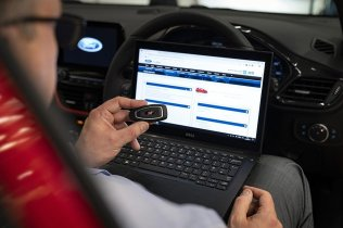 Ford Fights Back Against Keyless Car Hackers2