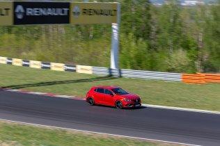 prvni-jizda-2019-renault-megane-rs-trophy-autodrom-most- (17)