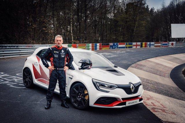 2019-renault-megane-rs-trophy-r-rekord-nurburgring-Laurent Hurgon
