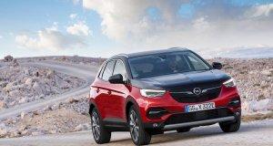 2020-Opel-Grandland-X-Hybrid4- (5)