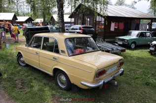 6-sraz-socialistickych-aut-hnacov-2019-kveten- (93)