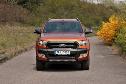 test-2019-ford-ranger-32-tdci-4x4-at- (1)