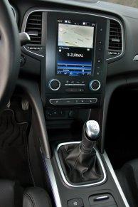 test-renault-megane-grandcoupe-13-tce-140-sedan- (33)