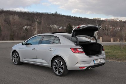 test-renault-megane-grandcoupe-13-tce-140-sedan- (41)