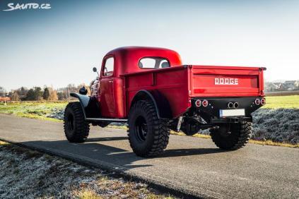 2019-dodge-ram-power-wagon-stavba-na-prodej- (11)