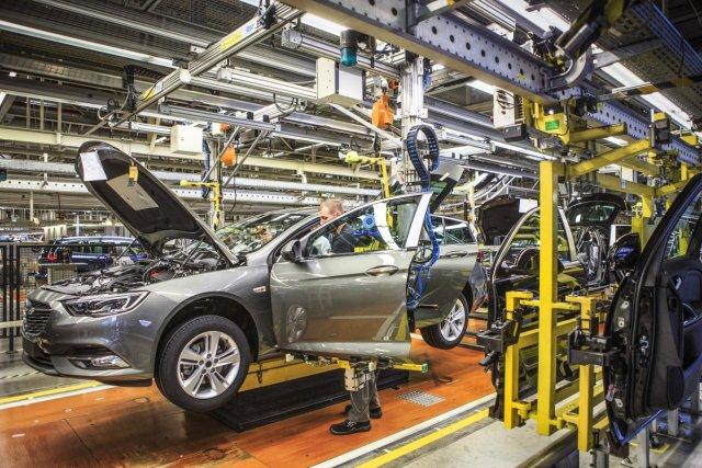 Opel-tovarna-Russelsheim- (2)
