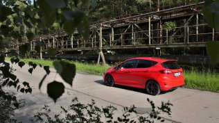 Test-2019-Ford-Fiesta-ST-Line-Red-Edition-10-EcoBoost-103-kW- (10)
