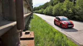 Test-2019-Ford-Fiesta-ST-Line-Red-Edition-10-EcoBoost-103-kW- (6)