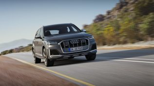 2020-Audi-SQ7-TDI- (15)
