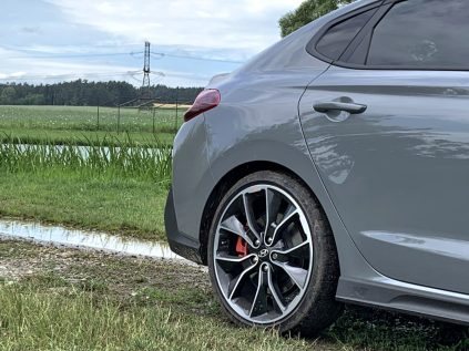 test-2019-hyundai-i30-fastback-n-performance- (9)
