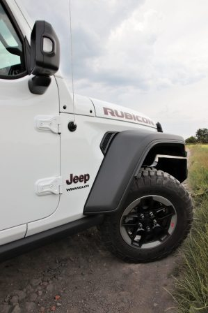 test-2019-jeep-wrangler-rubicon- 2D- (33)