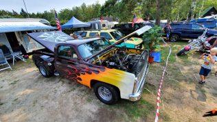 2019-sraz-americkych-aut-hradecka-V8- (91)