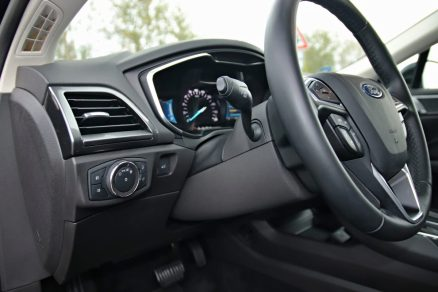 test-2019-ford-mondeo-kombi-hybrid- (21)