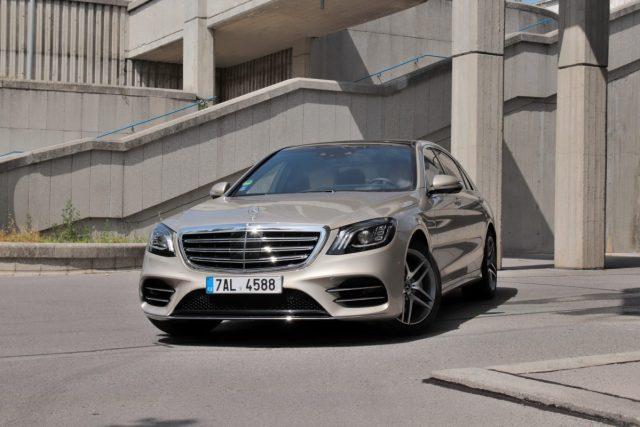 test-2019-mercedes-benz-s560e-plug-in-hybrid- (1)