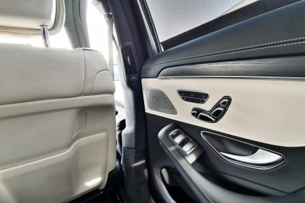 test-2019-mercedes-benz-s560e-plug-in-hybrid- (46)