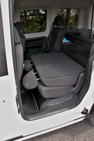 test-2019-volkswagen-caddy-alltrack-20-tdi-110-kw-dsg-4motion- (44)