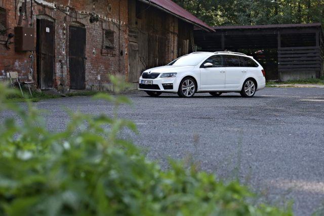 Výkup aut – to je služba, která odkoupí vaše auto kdekoliv v ČR do 24 hodin.