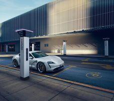 elektromobil-porsche-taycan- (7)