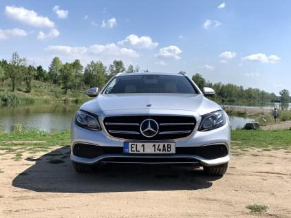 test-2019-mercedes-benz-e300de-kombi-plug-in-hybrid- (1)