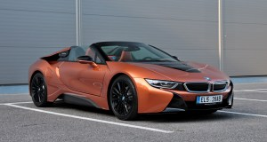 test-2019-plug-in-hybridu-bmw-i8-roadster- (1)