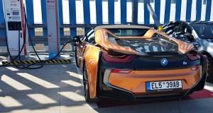 test-2019-plug-in-hybridu-bmw-i8-roadster- (51)
