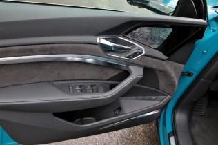 test-elektromobilu-2019-audi-e-tron-55-quattro- (25)