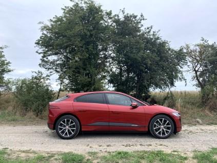 test-elektromobilu-2019-jaguar-i-pace- (13)