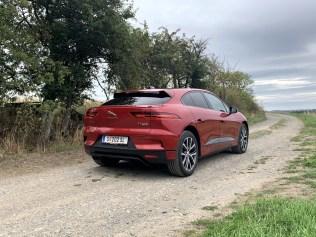 test-elektromobilu-2019-jaguar-i-pace- (14)