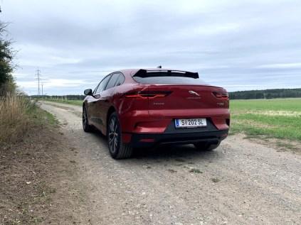 test-elektromobilu-2019-jaguar-i-pace- (16)