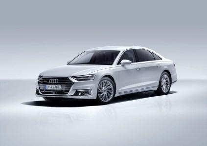 2020_Audi_A8_L_60_TFSI_e_quattro_plug-in_hybrid- (1)