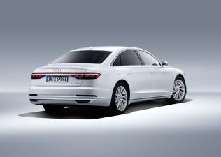 2020_Audi_A8_L_60_TFSI_e_quattro_plug-in_hybrid- (5)