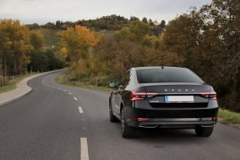 test-2019-skoda-superb-facelift- 20-tdi-evo-110-kw-dsg-laurin-a-klement- (12)
