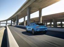2020-Ford-Mustang-Mach-e-elektromobil- (16)