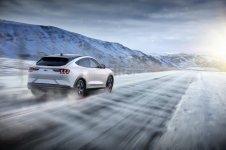 2020-Ford-Mustang-Mach-e-elektromobil- (21)