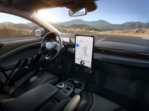 2020-Ford-Mustang-Mach-e-elektromobil- (31)