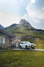 2020-plug-in-hybrid-BMW-X3-xDrive30e- (10)