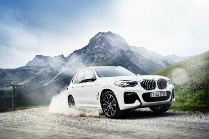 2020-plug-in-hybrid-BMW-X3-xDrive30e- (13)