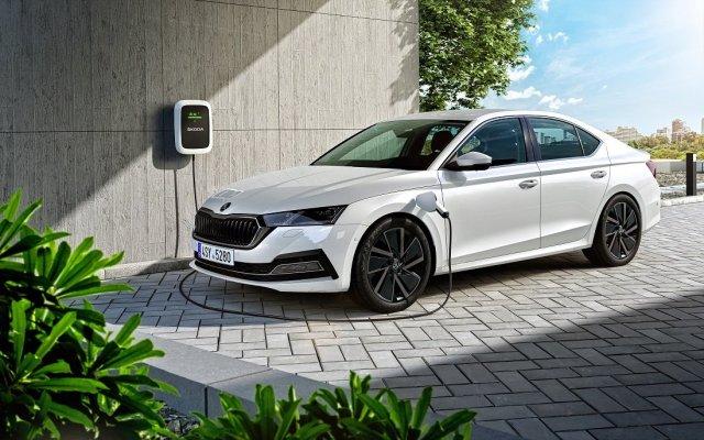2020-skoda-octavia-iv-nova-generace-plug-in-hybrid