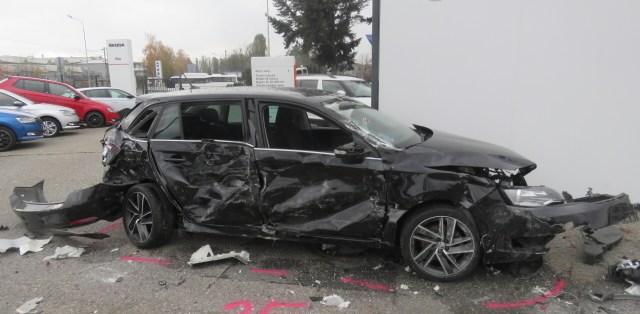 nehoda-kamion-prostejov-27-aut-poskozeno-05
