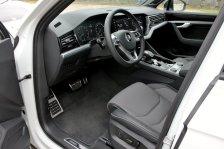 srovnavaci-test-2019-bmw-x5-volkswagen-touareg-benzin- (38)