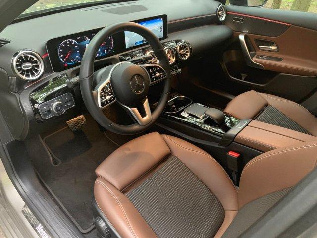 test-2019-mercedes-benz-a-200-sedan- (20)