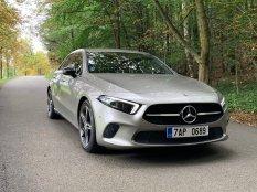test-2019-mercedes-benz-a-200-sedan- (4)