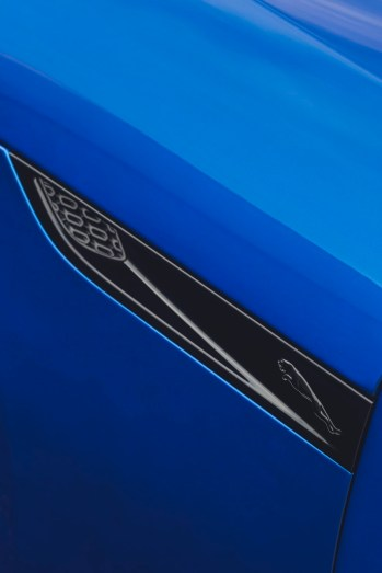 2020-jaguar-f-type-facelift- (16)