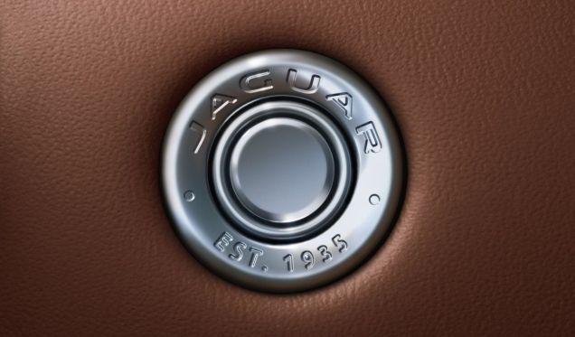 2020-jaguar-f-type-facelift- (25)