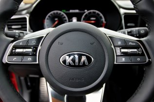 test-2019-kia-xceed-16-t-gdi-204k-7dct- (26)